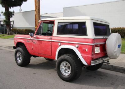 1974 midnight blue bronco w 4 speed automatic ps pdb frame